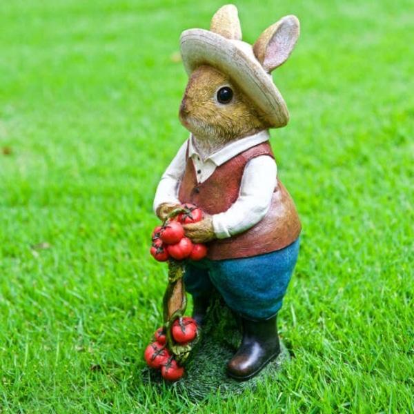 Iscg008 Tomato Gardening Rabbit