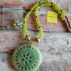 Pista Green Jaya Jade Locket