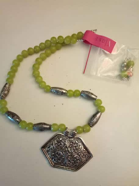 Pista Green Silver Tubular With Silver Lockets