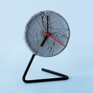 Wonderwheelstore | 05 | Concrete Crinkled Twistick Clock Gmle002 1