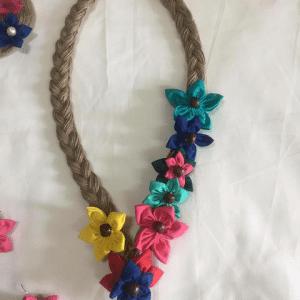 Wonderwheelstore | 12 | Colourful Flower Neckpiece 3